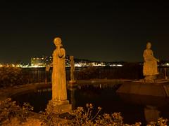 Untitled (1) (sgryjp) Tags: city fountain statue japan night 日本 enoshima kanagawa 江ノ島 神奈川