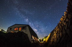 Mountain hut & Milky Way (beeldmark) Tags: sky mountain mountains building nature berg japan night stars landscape ed pentax zoom nacht natuur fisheye if  nippon bergen smc   tohoku yamagata nihon hemel melkweg k5 landschap gebouw touhoku  tsuruoka  sterren gassan dewa  f3545   yamagataken sanzan 1017mm dewasanzan yamagataprefecture mtgassan pentaxda smcpentaxda1017mmf3545ediffisheyezoom smcpdafisheye1017mmf3545edif beeldmark mountgassan