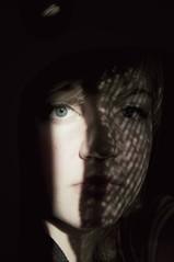 sjalvportratt (Freja Birgersdotter) Tags: blue shadow portrait selfportrait eye me girl face mouth hair nose see eyes shadows sweden half jag ser sjlvportrtt bl hr mun skugga vrmland portrtt nsa skuggor ansikte halv gon blueeyedgirl ge chasingshadows blgd