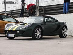 Lotus Elise Series 2 (Type 111) '13 (GonzaloFG) Tags: detail slr ford chevrolet car sport skyline honda spain italia nissan lotus elise evolution ferrari camaro mclaren enzo bmw gto jaguar mustang m3 ducati audi lamborghini rs m6 m5 challenge avant v8 rs2 spotting s2000 jdm e30 nsx gallardo amg drifting rs4 typer gtr trackday murcielago etype quattro gt40 f40 r8 f12 rs6 v12 f50 cosworth nismo e46 r34 e36 berlinetta superleggera 458 899 m3csl desmosedici panigale ftype 275gtb rs3 e92 worldcars circuitodeljarama stralade m235i