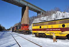 02-26-2015 Joint (Missabefan) Tags: cn mining erie funit 4214 emco eriemining 4210 f9a