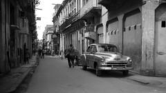 Streets of Havana (IV2K) Tags: street blackandwhite bw monochrome sony havana cuba desaturated cuban habana kuba lahabana rx1