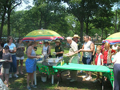 """picnic_2007_web_9 • <a style=""""font-size:0.8em;"""" href=""""http://www.flickr.com/photos/28066648@N04/16084087550/"""" target=""""_blank"""">View on Flickr</a>"""