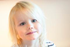 Golden child (Honnemanden) Tags: baby girl gold golden eyes sweet sigma d800 opop golding prinses dicte