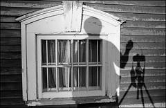 1991_0499-31_spot_20140727W (Réal Filion) Tags: old house selfportrait canada window autoportrait québec maison fenêtre vieux beauce