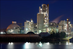 Ash Grove Cement Co. - Seattle (PsychaSec) Tags: seattle night industrial bluehour ashgrovecement