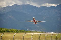 Tu-204 || RedWings || Tivat Aerodrom (valerygl) Tags: nikond90 тиват черногория туполев tupolev airjet aircraft аэродром ту204 redwings tu204 airport tivat montenegro