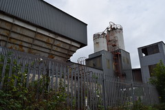 Cement manufacturing facility (OnSundays) Tags: urban urbandecay oldbury langley urbex