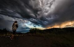 La_forza_della_Terra (Danilo Mazzanti) Tags: danilo danilomazzanti mazzanti wwwdanilomazzantiit atmosfera nuvole tempesta pioggia maltempo montefaiallo faiallo genova liguria temporale alessandra drammatico