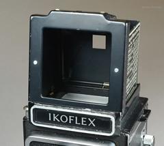 Ikoflex Ia on Display (08) (Hans Kerensky) Tags: ikoflex ia 85416 zeissopton tessar 135 75mm lens 6x6 tlr zeiss ikon display