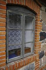 F._IMG0351 (Micha Olesiski) Tags: polska poland skansen openairmuseum owickie maurzyce monuments wie village okno window