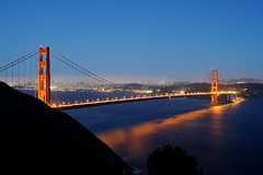 GG_1600_1 (psnikon) Tags: goldengatebridge goldengate bridge brcke sanfrancisco usa kalifornien california nikon nikond700 nikon357028afd wasser nacht night licht light lights traffic verkehr bucht meerenge bay sanfranciscopeninsula pazifik pacificocean sanfranciscobay marinheadlands