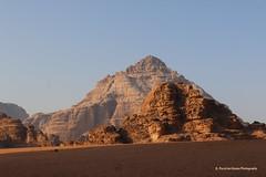 Desert of Wadi Rum, Jordan - The amazing canyon colors (ssspnnn) Tags: desierto desert deserto wadirum beduinos bedouins filmsettings arena dune duna jordania spnunes snunes spereiranunes canoneos70d
