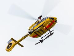 ADAC Rettungshubschrauber beim Abheben (stefanheymann) Tags: rettungshubschrauber hubschrauber adac sar helicopter schillig d800 80400