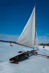ekmIceBoat05 (K_Marsh) Tags: hudsonriver hudsonvalley iceboating iceyachting