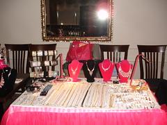 Tues. Nov. 25/14 WWE Christmas Mini Tradeshow & Fashion Show, Burlington