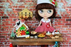 BAD December 15 - Gingerbread House