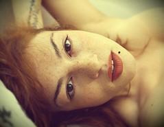 Blurred morning in the island (Sara_Morrison) Tags: morning red summer portrait selfportrait face island bed estate blurred redhead autoritratto freckles ritratto letto isola mattino sfocato lentiggini capellirossi saramorrison