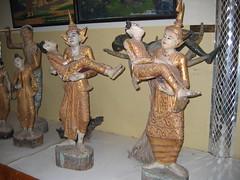 Statues in Mae Hong Son