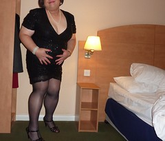 Legs and Cleavage on Display 3 (ptxdview) Tags: highheels bbw tights crossdressing pantyhose
