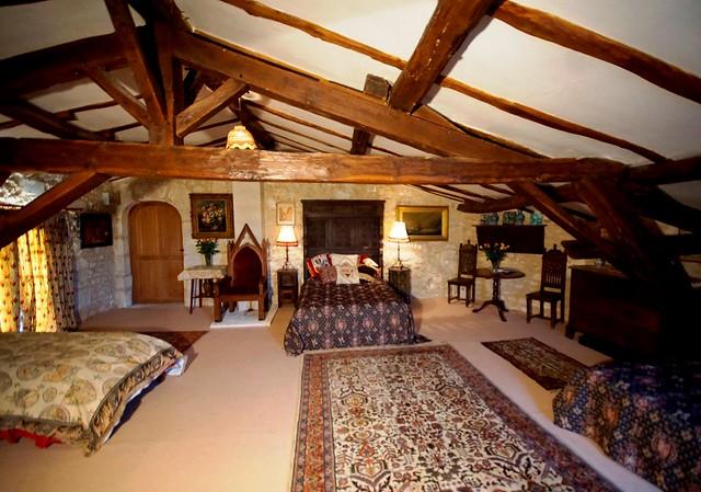 Chez Lorraine 1st floor bedroom