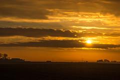 On its way up (Infomastern) Tags: morning sky sunrise himmel soluppgng sdersltt motrgon