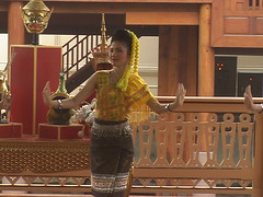 Thai Dance Performance Vimanmek Mansion
