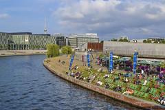 Berlin - Spree (mariosantiaguino_) Tags: berlin hauptbahnhof sbahn spree tiergarten reichtag spandauer