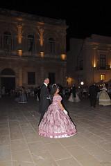 Siracusa, piazza Duomo (Franco Gavioli) Tags: 2016 francesco gavioli fragavio canoneos600d canonefs1018mmf4556isstm siracusa syracuse sicilia sicily ballo dance epoca ottocenteschi nineteenthcentury