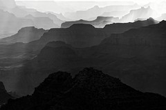 Fading Canyon (PopSpotter) Tags: grandcanyon canyon arizona usa america americana roadtrip travel traveling canon roadtripping southwest blackandwhite bnw bw monotone