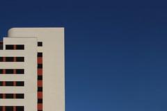 La colonia (meghimeg) Tags: 2016 chiavari coloniafara architettura colori colors cielo sky