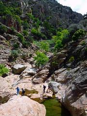 Leaving Dipotama to climb to Ratsos (angeloska) Tags: ikaria may hikingtrails opsikarias aegean greece signage      chalares upperchalares dipotama ratsos   swimmingholes