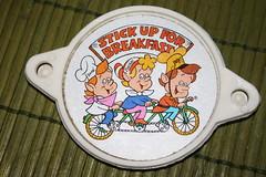 Kellog's Bicycle Reflector Front(1979) (Donald Deveau) Tags: kelloggs bikereflector toy cerealpremium snapcrackleandpop
