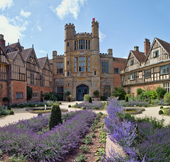 Coughton Court (Quietime photography) Tags: coughton court national trust english tudor country house warwickshire