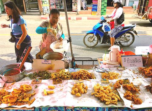 161001 Fried Food Vendor