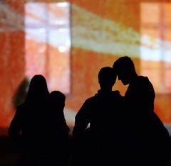 #rendez-vous at #schlosslichtspiele #karlsruhe #visitkarlsruhe #love (elmar theurer) Tags: karlsruhe schlosslichtspiele popart people couple art kunst menschen schattenriss tenderness zrtlichkeit event schloss party love lovers visitkarlsruhe