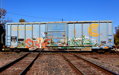 (o texano) Tags: uk bench graffiti texas houston trains zee db strike wh freights rtd cuate benching