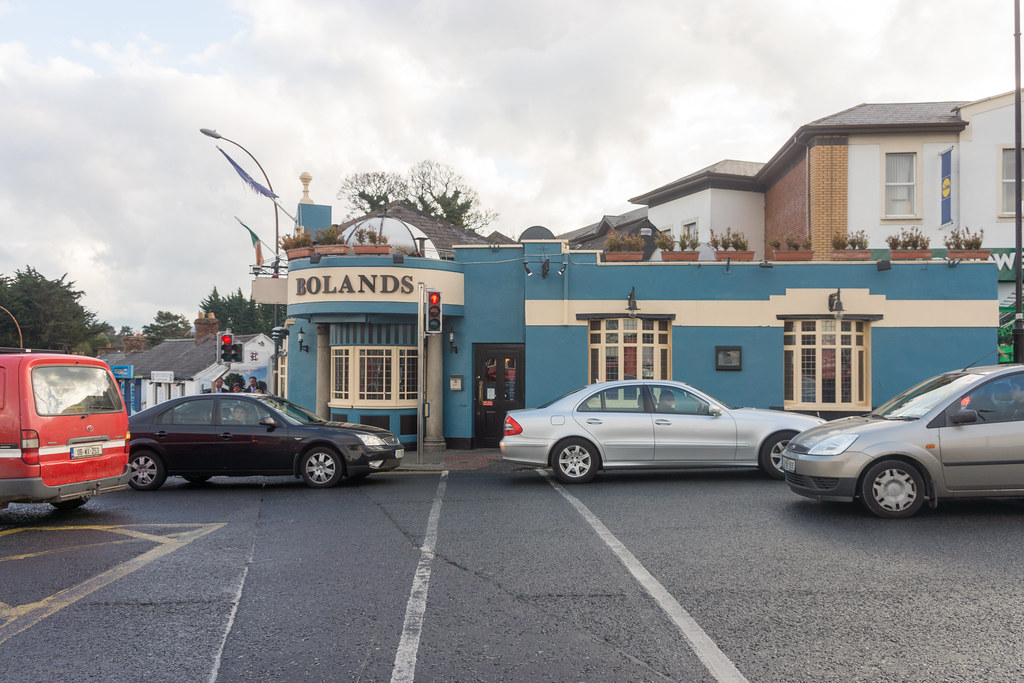 Bolands Pub - Stillorgan Village Ref-100088