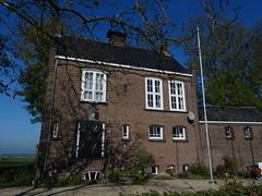 vm. Raadhuis (1938) Eethen (Kvnivek) Tags: netherlands sony cybershot townhall noordbrabant eethen