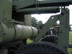 "US 90mm M2 Anti-Aircraft Gun 8 • <a style=""font-size:0.8em;"" href=""http://www.flickr.com/photos/81723459@N04/15984198518/"" target=""_blank"">View on Flickr</a>"