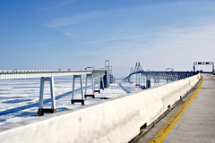Chesapeake Bay Bridge (Throwingbull) Tags: bridge winter snow ice bay us memorial suspension united william route lane preston states 50 chesapeake span rt spans