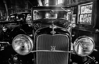 1932 Ford Deluxe Sedan V-8 Bonnie and Clyde's Get Away Vehicle