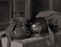 Im Kloster (III) (Stefan Dieterich Fotografie) Tags: light bw film analog kodak bokeh burma trix 4x5 myanmar lin dama kloster stimmung meditative khar ruhe ruhig scharzweiss meditiation moersch blackwhitephotos tanol sepiatonung stefandieterich rapagode