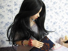 ... Jin-May .... (Misstica Dolls) Tags: flowers blue love book doll jin may bjd asa livre japon balljointeddoll jid japangirl iplehouse jinmay takochu jidasa wigmoniqueblack coeurdencre