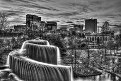 Columbia South Carolina Skyline in Black and White (HarryB101) Tags: city blackandwhite canon southcarolina fountains grayscale southeast canoneos columbiasouthcarolina onone cityskylines capitalcities photomatixpro citynightlife scenicplaces topazlabs canoneos6d promotecontrol topazblackandwhiteeffects adobephotoshopcs6 scenicplacesinsouthcarolina sceniccolumbiasouthcarolina citynightskylines