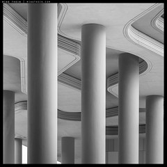 H51-B0011374 copy (mingthein) Tags: thein onn ming photohorologer mingtheincom architecture bw blackandwhite monochrome availablelight abstract building singapore hasselblad h5d50c medium format 645 h5d parkroyal pickering hc 32150 n 150f32n