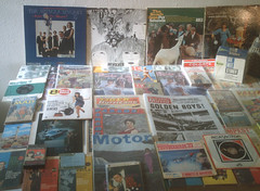 1966 (Retro King) Tags: 1966 retro collectables beatles records vinyl artefacts vintage albums magazines books comics newspapers swinging sixties nostalgia 45rpm singles