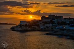 Sunset, Malmousque (Fujjii photographie) Tags: sunset marseille malmousque corniche mer soir couleurs om kennedy roucasblanc endoume provence france paysage landscape soleil sun amazing gorgeous beautiful fujjii
