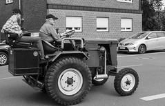 Trecker Oldtimer Rallye - 006_Web (berni.radke) Tags: treckeroldtimerrallye rallye trecker oldtimer lanz bulldog deutz schlter johndeere newholland fendt hanomag fahr leopard wesseler mccormick allgaier man traktor lette kartoffelmarkt