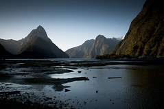 Milford Sound NZ (RussweII) Tags: mountain nz sound milford fiord